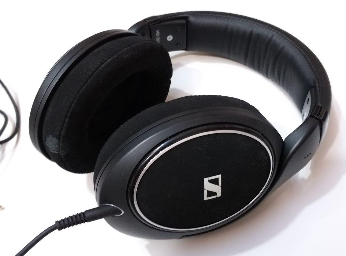 Le meilleur casque circumaural en monitoring est sans conteste le Sennheiser HD 598. Approuvé par de nombreux professionnels.